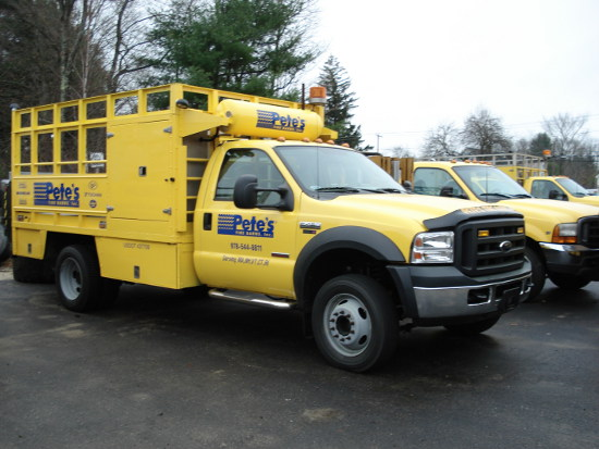fleet service truck for 24 Hour Emergency Service